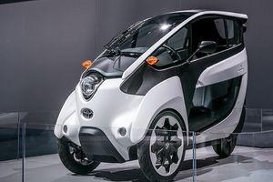Toyota mang xe điện i-ROAD về Việt Nam