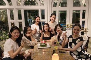 Dàn hoa hậu, á hậu tổ chức sinh nhật muộn cho Đỗ Mỹ Linh