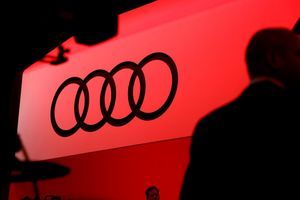 Audi bị phạt 800 triệu euro vì động cơ diesel gây ô nhiễm