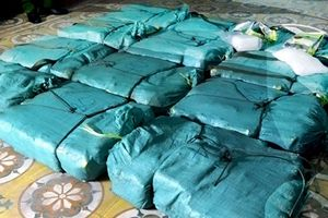 Quảng Bình: Thưởng nóng cho lực lượng phá án vận chuyển 310 kg ma túy đá