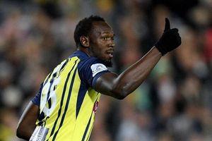 Usain Bolt nhận được lời mời chơi bóng ở Châu Âu