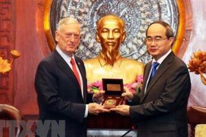 Lãnh đạo TP.HCM tiếp Bộ trưởng Quốc phòng Hoa Kỳ