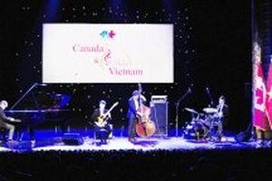Hòa nhạc nhân kỷ niệm 45 năm thiết lập quan hệ ngoại giao Canada và Việt Nam