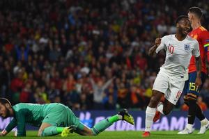Tây Ban Nha lập hàng loạt kỷ lục buồn sau thất bại trước Anh