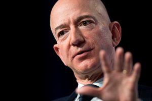 Jeff Bezos dự báo sẽ có 1.000 tỉ người trong hệ mặt trời