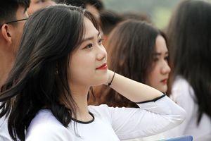 Nữ sinh khoe sắc tại giải bóng đá học sinh lớn nhất Hà Nội