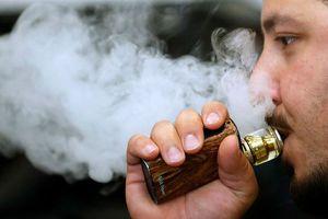 Thuốc lá điện tử dễ gây viêm phổi
