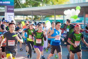 Hơn 2.000 vận động viên tham dự giải chạy Marathon quốc tế Di sản Hà Nội
