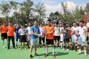 Thi đấu giao hữu bóng đá người Việt ở Hong Kong và Macau