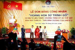 Hà Tĩnh: Đón bằng di sản tư liệu Unesco 'Hoàng hoa sứ trình đồ'