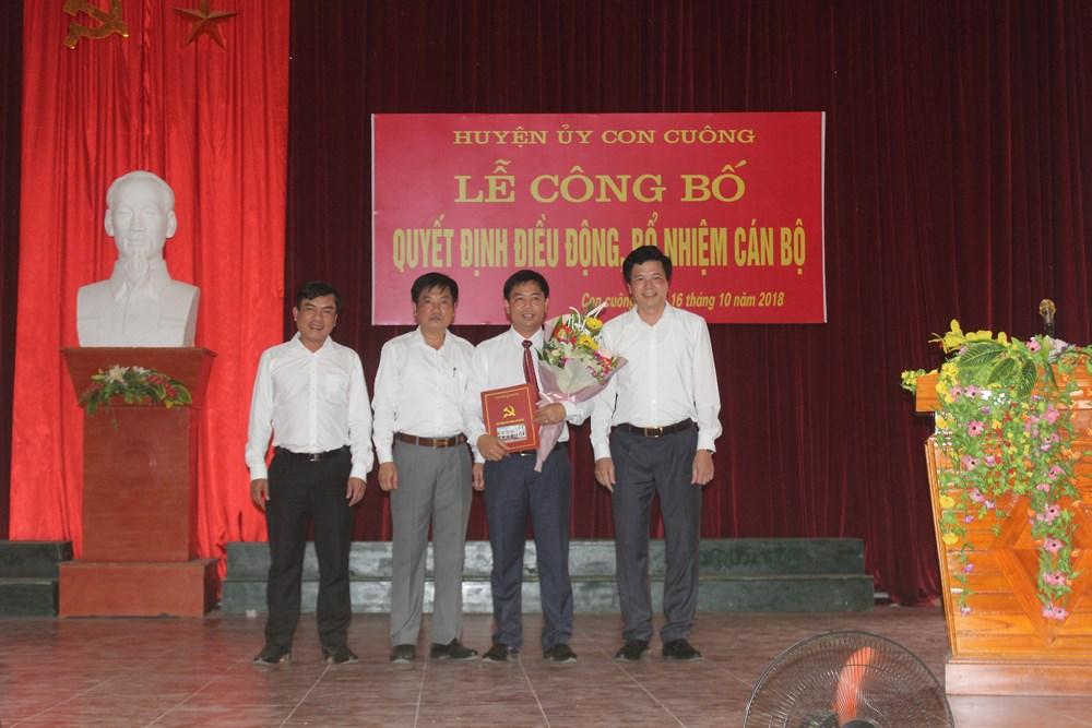 Bổ nhiệm Chánh văn phòng Huyện ủy Con Cuông; Quỳ Hợp bầu Chủ tịch UBMTTQ huyện
