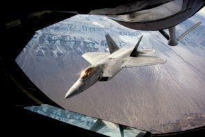 Bão Michael làm hư hại gần 10% số tiêm kích F-22 Mỹ
