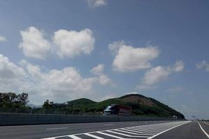 Cao tốc Đà Nẵng - Quảng Ngãi: Gói thầu 1.300 tỷ đồng được 'sang tay' như thế nào?