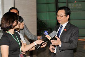 Chủ tịch QH: 'ĐBQH gạt tay từ chối phóng viên, trông rất khó chịu'