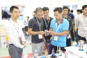 Nhiều doanh nghiệp nước ngoài tham gia triển lãm về cơ khí tại Hà Nội