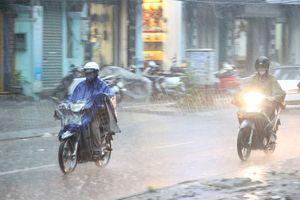 Ảnh hưởng không khí lạnh, Hà Nội mưa rào và giông