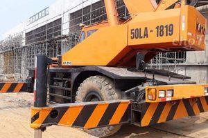 Doanh nghiệp nhập khẩu mặt hàng cần trục bánh lốp 'kêu cứu'
