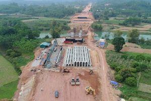 Cao tốc Bắc Giang - Lạng Sơn: Đề nghị nhà đầu tư BOT tăng cường quản lý, ngăn chặn tình trạng vi phạm
