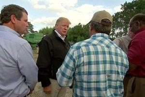 Tổng thống Trump thị sát các khu vực bị ảnh hưởng do bão Michael