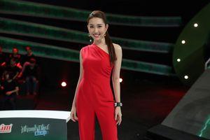 Thúy Ngân được khen mặc đẹp ở gameshow 'Nhanh như chớp'