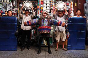 NTK 61 tuổi Mai Lâm: 'Sự duyên dáng quan trọng hơn tuổi tác'