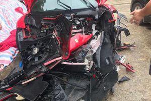 Thông tin mới nhất vụ siêu xe của ca sĩ Tuấn Hưng gặp tai nạn nát đầu