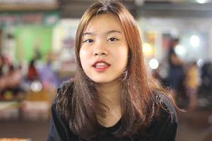 Một chiều khám phá 'thiên đường ăn vặt' chợ Nghĩa Tân
