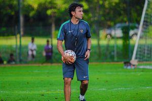 HLV Luis Milla chơi trò 'trốn tìm' với tuyển Indonesia trước AFF Cup