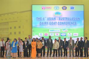 Hội nghị dê sữa Á-Úc lần IV: Phát triển chăn nuôi dê sữa thích ứng biến đổi khí hậu