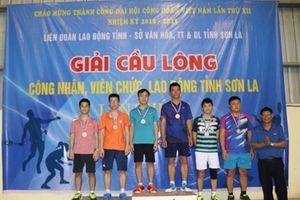 Bế mạc Giải cầu lông CNVCLĐ tỉnh Sơn La lần thứ IX: Trao 33 huy chương cho các VĐV