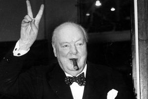 Lá thư trĩu nặng của mẹ gửi cựu Thủ tướng Anh Churchill ngày bé