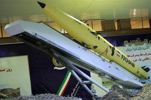 Tên lửa chống hạm Iran có thể bay xa 700 km