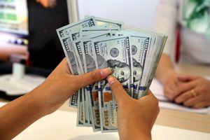 Giá USD tự do suy giảm