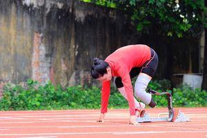 Phụ nữ Việt, họ là ai? Kỳ 3 - Thiếu nữ 18 một chân thành người chạy 'vượt bão'