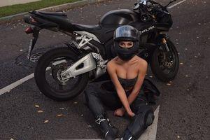 Nữ biker quyến rũ nhất nước Nga thiệt mạng vì va chạm với xe hơi