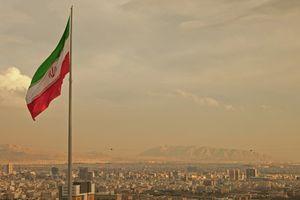 Iran phát triển tên lửa đạn đạo chống hạm tối tân