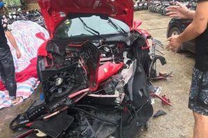 Tuấn Hưng nói gì về việc siêu xe Ferrari 16 tỉ gặp tai nạn nát đầu?