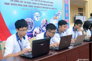 Trường THPT Nguyễn Cảnh Chân giành giải Nhất thi tuần tìm hiểu pháp luật về ATGT