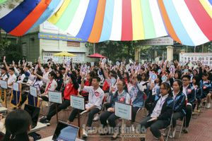 Hơn 100 học sinh cụm trường Thanh Xuân - Cầu Giấy thi tìm hiểu dịch vụ công trực tuyến