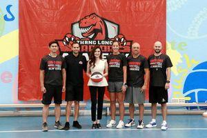 Bà chủ Thang Long Warriors: 'Các con là cảm hứng để tôi mở học viện bóng rổ'