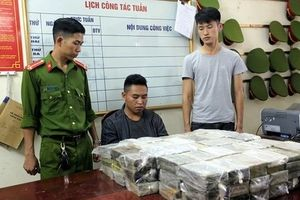 Bắc Kạn: Bắt nhóm đối tượng vận chuyển gần 200 bánh heroin trên xe đầu kéo