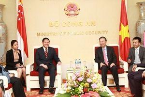 Tăng cường quan hệ hợp tác giữa Bộ Công an Việt Nam và Bộ Nội vụ Singapore