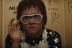 Điệp viên Kingsman 'lột xác' trở thành tượng đài âm nhạc Elton John