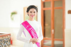 Á hậu Thùy Dung từng làm nhân viên phục vụ quán sinh tố