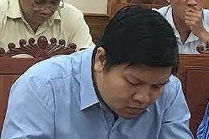 Cựu phó giám đốc sở ở Bình Định khiếu nại việc xóa đảng tịch