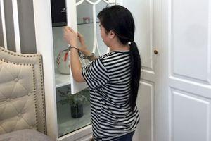 Điều tra nữ giúp việc nghi trộm đồng hồ Rolex trong chung cư cao cấp