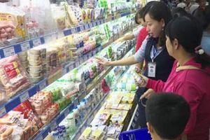 Người Việt không còn thích đi chợ mua sắm?