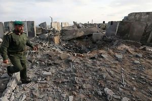 Israel không kích Dải Gaza, trả đũa Palestine