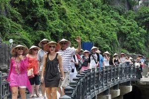 Tổng cục Du lịch: Không phải loại tour giá rẻ nào cũng là tiêu cực!