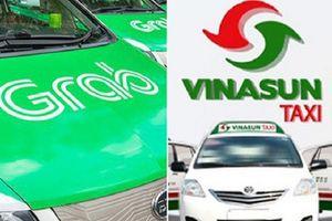 Vụ kiện giữa Vinasun và GrabTaxi: Bác đề nghị triệu tập đại diện Bộ GTVT của bị đơn